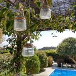 Solar lanterns for al fresco evenings
